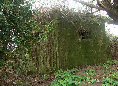Type 22 pillbox at Pett Emergency Coast Defence Battery